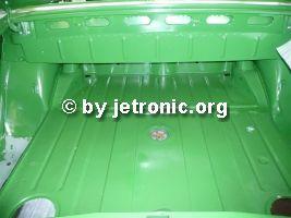 Kofferraum top, grauer Boden unten links vom MB KTL Ersatzteil