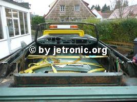 Frosch Motorhaube und Türen gesichert